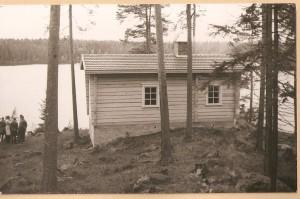 2 Heraman maja on juuri valmistunut. Kuva vuodelta 1956